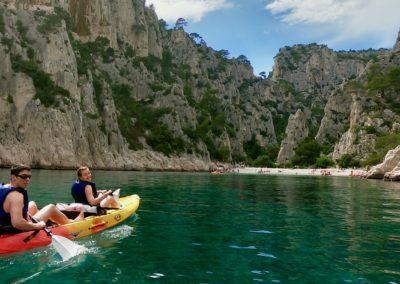 """alt:""""calanques immersion kayak marseille calanque de marseille"""""""