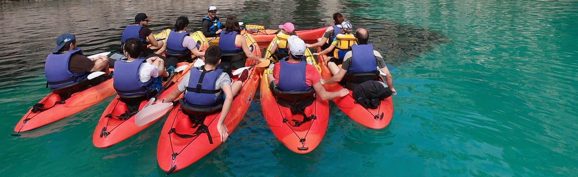 """alt=""""autres domaines d activite faites appel a calanques immersion pour repondre a la demande de vos clients qui souhaitent faire du kayak dans les calanques de cassis et marseille """""""
